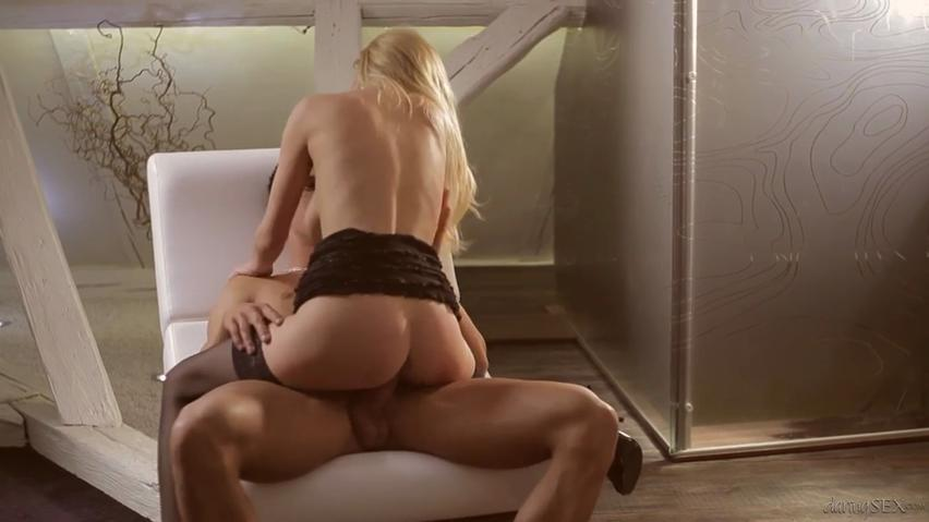 Blonde seductress Bella Karina connects with athletic person