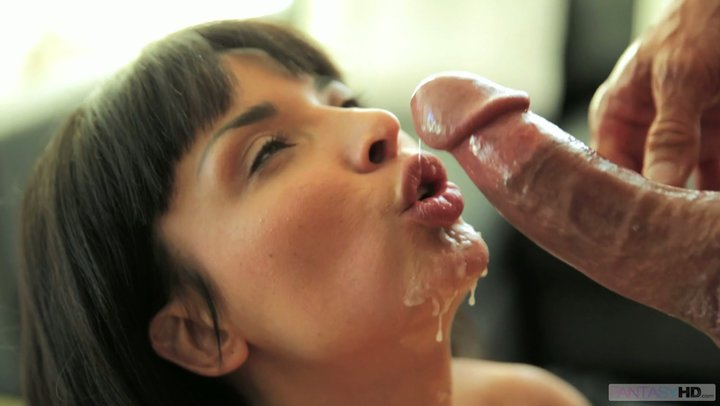 Sweet French pussy of voluptuous Anissa Kate gets boned in the kitchen