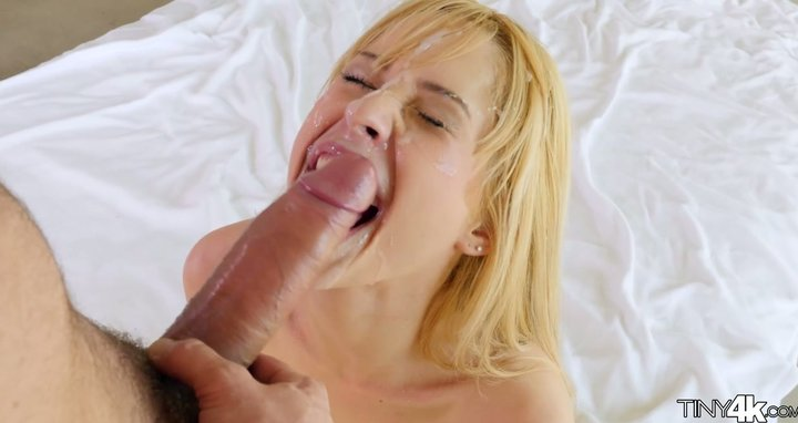 Sweet as screw Latina spinner Goldie is licked and screwed by genuine hunk