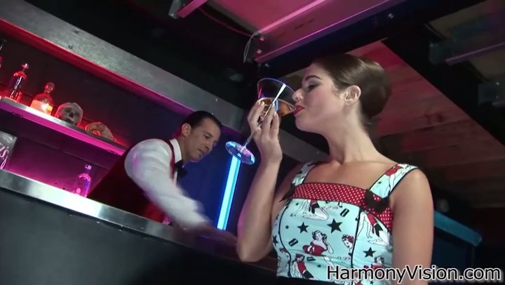 Scandalous woman Cathy Heaven tempts barkeep for no-nonsense ass fuck