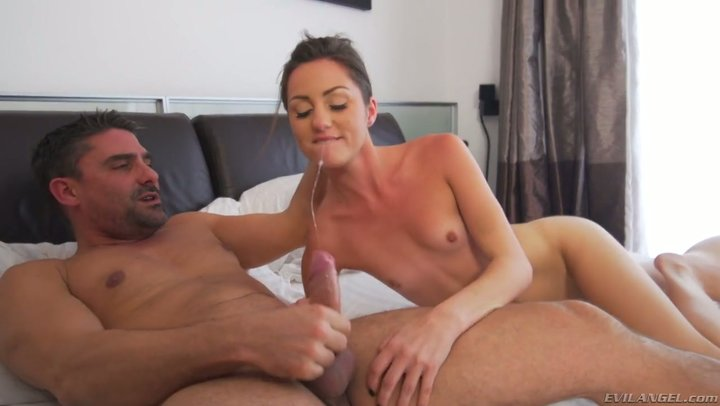 19 you brunette kitty Renee Roulette is enamored with butt-centric sex
